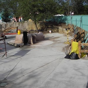2 of 4: Pooh's Playful Spot - Pooh themed play area construction update