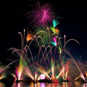 "3 of 6: IllumiNations: Reflections of Earth - Act 2 - Order ""Celebration"""