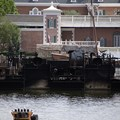 IllumiNations: Reflections of Earth - The inferno barge