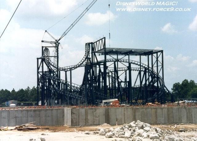 Rock n Roller Coaster construction photos