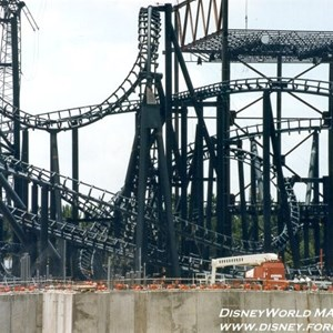 3 of 5: Rock 'n' Roller Coaster Starring Aerosmith - Rock n Roller Coaster construction photos