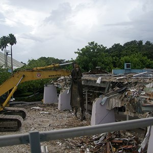 7 of 10: Skyway - Tomorrowland Skyway Station demolition