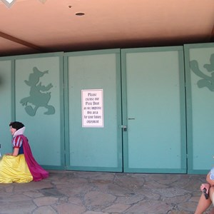 1 of 1: Snow White's Scary Adventures - Snow White closed for refurbishment