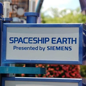 4 of 4: Spaceship Earth - New Siemens signage