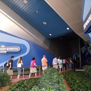 2 of 4: Spaceship Earth - Reopening day