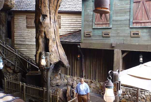 Splash Mountain load area after refurbishment