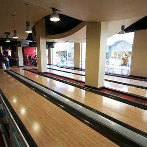 18 of 48: Splitsville - Splitsville lower level lanes
