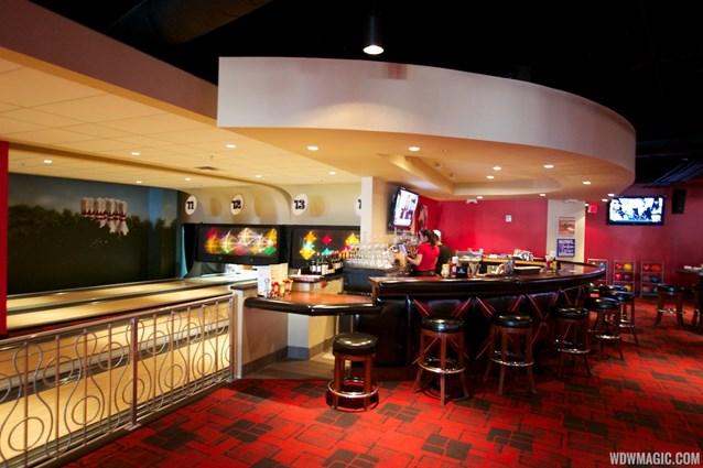 Splitsville - Splitsville upper level bar