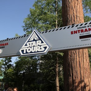 3 of 6: Star Tours - The Adventures Continue - Walls down at Star Tours