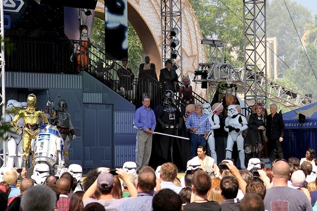 Star Tours - The Adventures Continue - Bog Iger, Darth Vadar and George Lucas