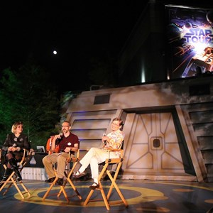 11 of 34: Star Tours - The Adventures Continue - Disney Parks Blog Star Tours meet up