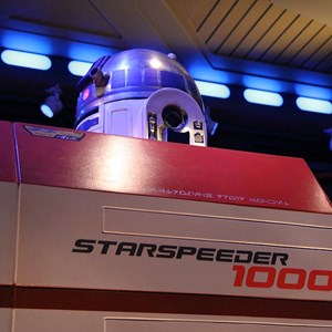 20 of 34: Star Tours - The Adventures Continue - Disney Parks Blog Star Tours meet up