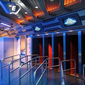 24 of 34: Star Tours - The Adventures Continue - Disney Parks Blog Star Tours meet up