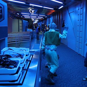 28 of 34: Star Tours - The Adventures Continue - Disney Parks Blog Star Tours meet up