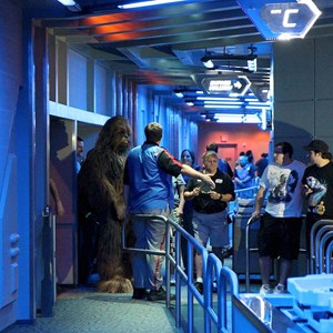 32 of 34: Star Tours - The Adventures Continue - Disney Parks Blog Star Tours meet up