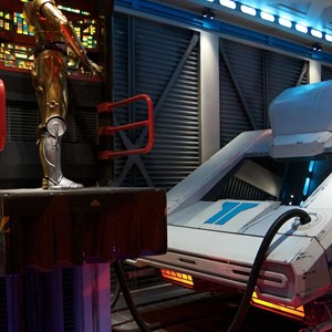 38 of 82: Star Tours - Star Tours walk through