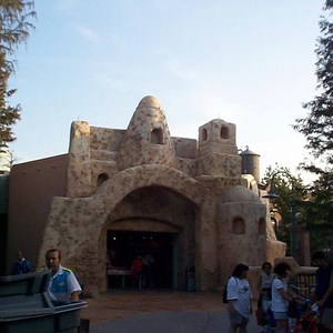 3 of 3: Star Tours - New Tatooine Traders store opens at Star Tours