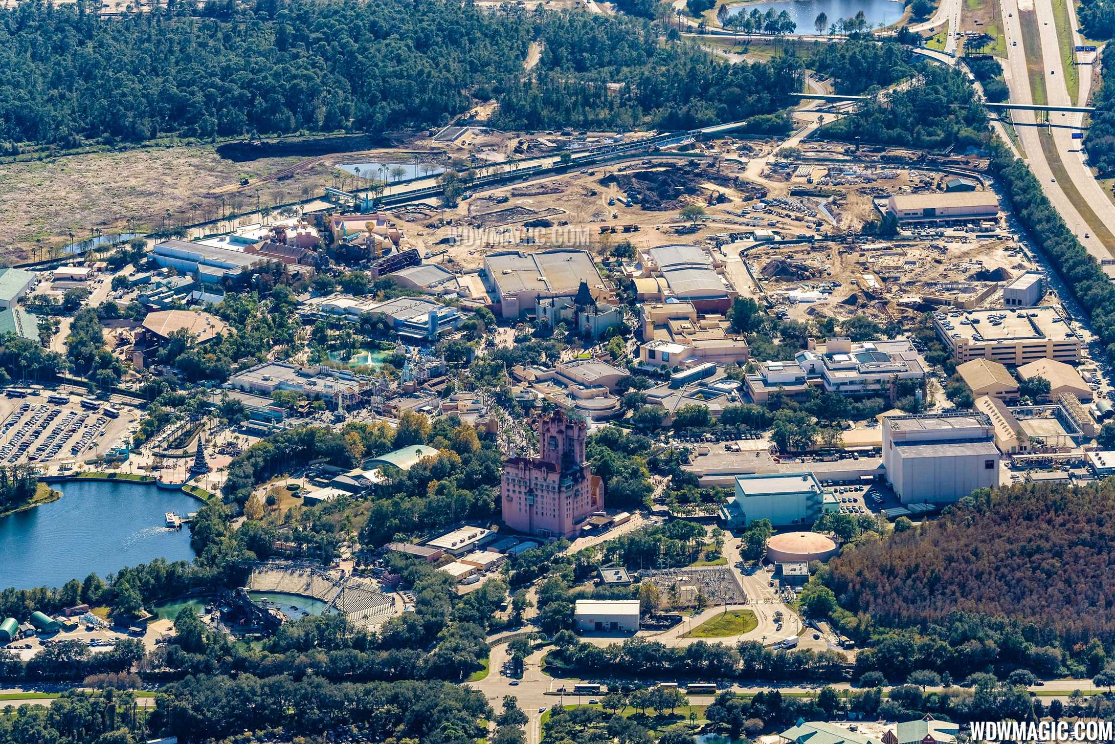 Photo by CJ Berzin @BerzinPhotography. Star Wars Land has the luxury of space to expand beyond just a theme-park land.