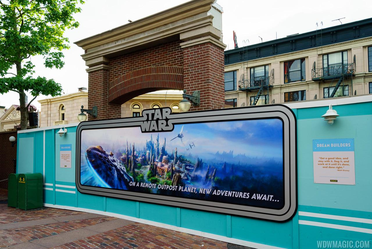 Star Wars: Galaxy's Edge [Disney's Hollywood Studios - 2019] - Page 4 Streets-of-America_Full_28674