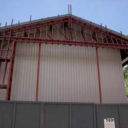 San Francisco facade removed for refurbishment