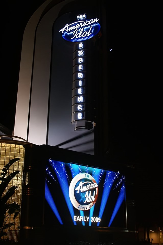 The American Idol Experience - The LED screen announcing an opening of Early 2009.
