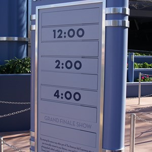 4 of 10: The American Idol Experience - American Idol queue and preshow area