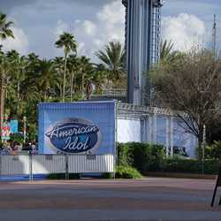 American Idol Experience Premiere Party motorcade photos