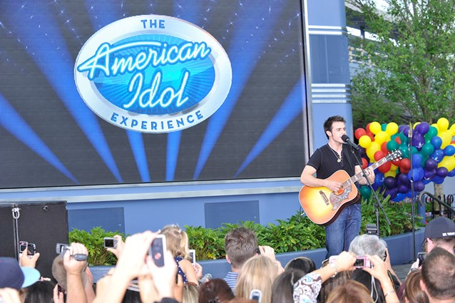 The American Idol Experience - Copyright 2009 The Walt Disney Company.
