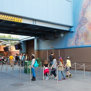 6 of 13: The Legend of Captain Jack Sparrow - The Legend of Captain Jack Sparrow exterior queue