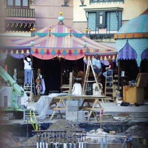 1 of 1: The Magic Carpets of Aladdin - Aladdin construction
