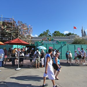 1 of 7: The Many Adventures of Winnie the Pooh - Queue area construction