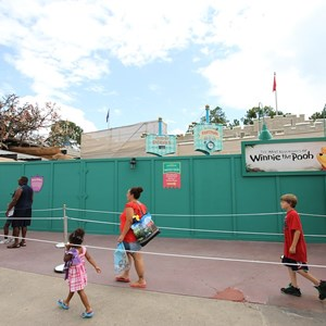 1 of 4: The Many Adventures of Winnie the Pooh - Queue area construction
