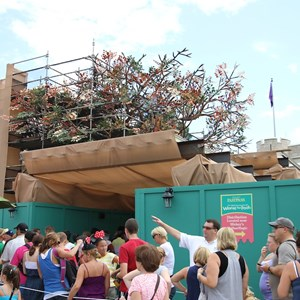 2 of 4: The Many Adventures of Winnie the Pooh - Queue area construction
