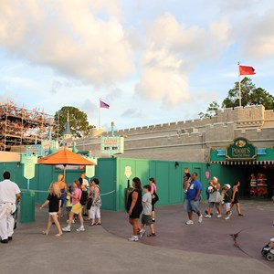 1 of 3: The Many Adventures of Winnie the Pooh - Queue area construction
