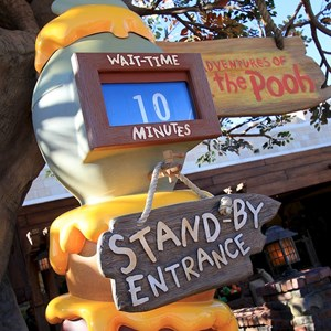 4 of 31: The Many Adventures of Winnie the Pooh - New queue area