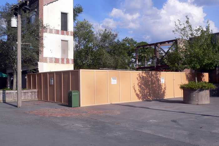 Cars Meet and Greet construction