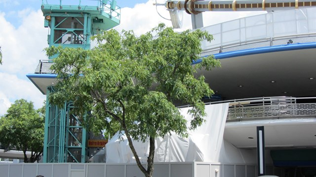 Tomorrowland Transit Authority PeopleMover refurbishment