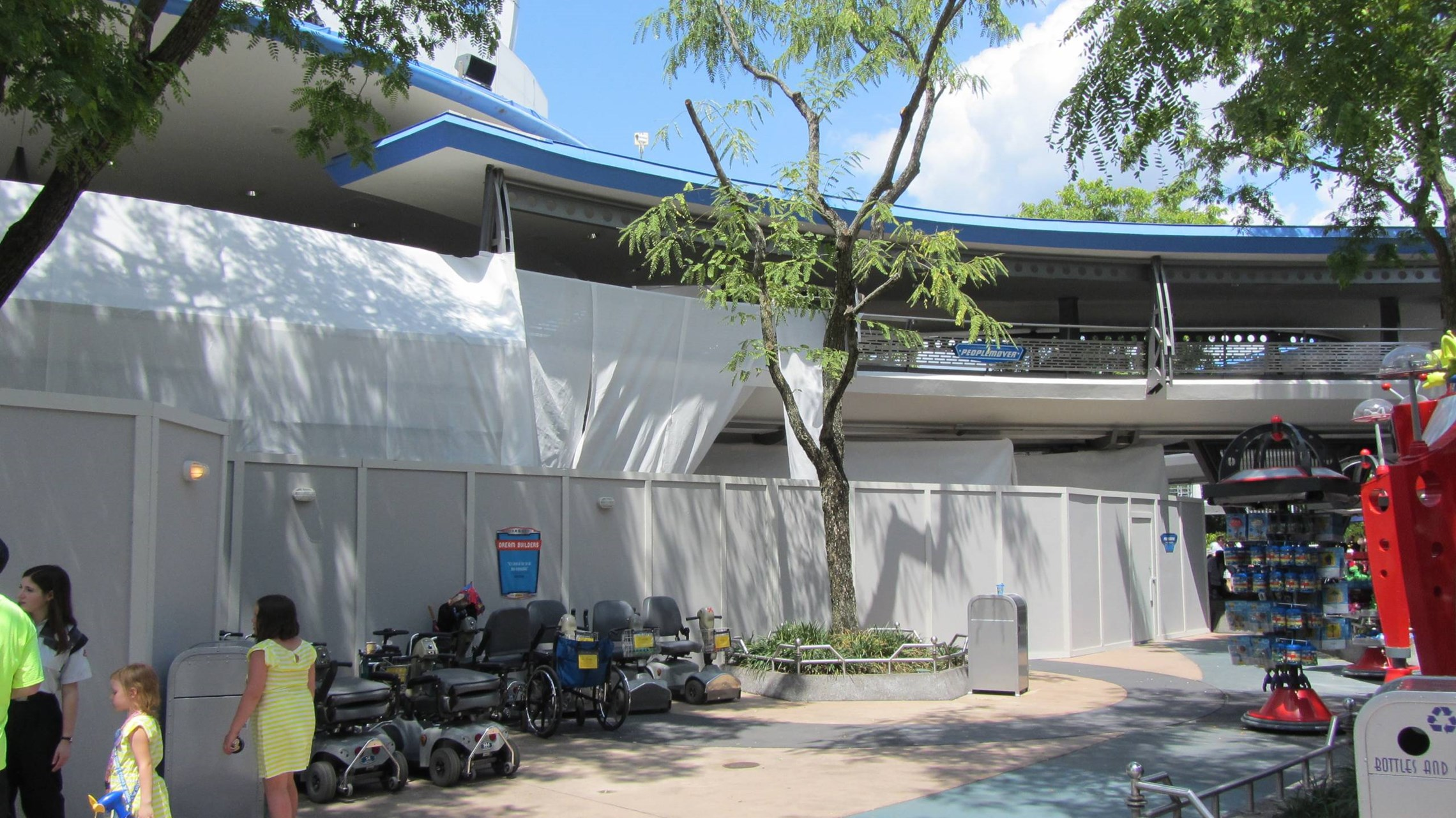 Tomorrowland Transit Authority and Astro Orbiter refurbishment