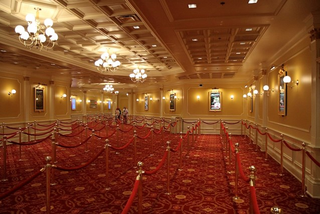 Town Square Theater - The huge indoor queue area