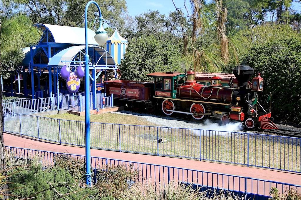 Mickey's Toontown Fair station