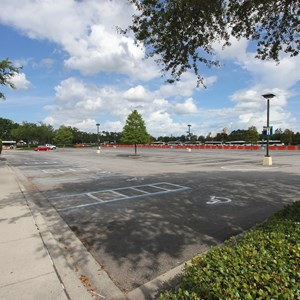 4 of 4: Disney Springs - Parking Lot H closed