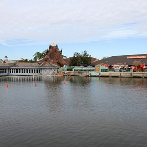 3 of 5: Disney Springs - Cap'n Jacks restaurant and marina demolition