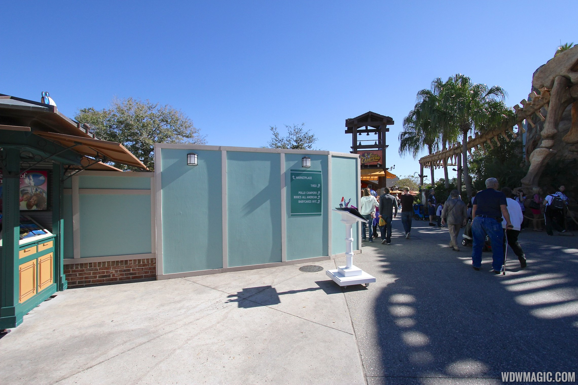 Marketplace Causeway and The Landing construction walls