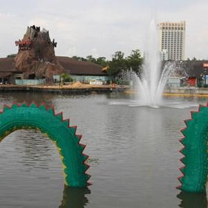 3 of 4: Disney Springs - Marketplace Causeway construction and fountain