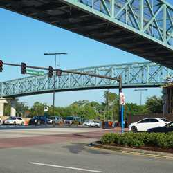 Second Buena Vista Drive pedestrian bridge construction
