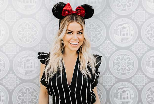 Melanie Pace personal shopping service at Disney Springs