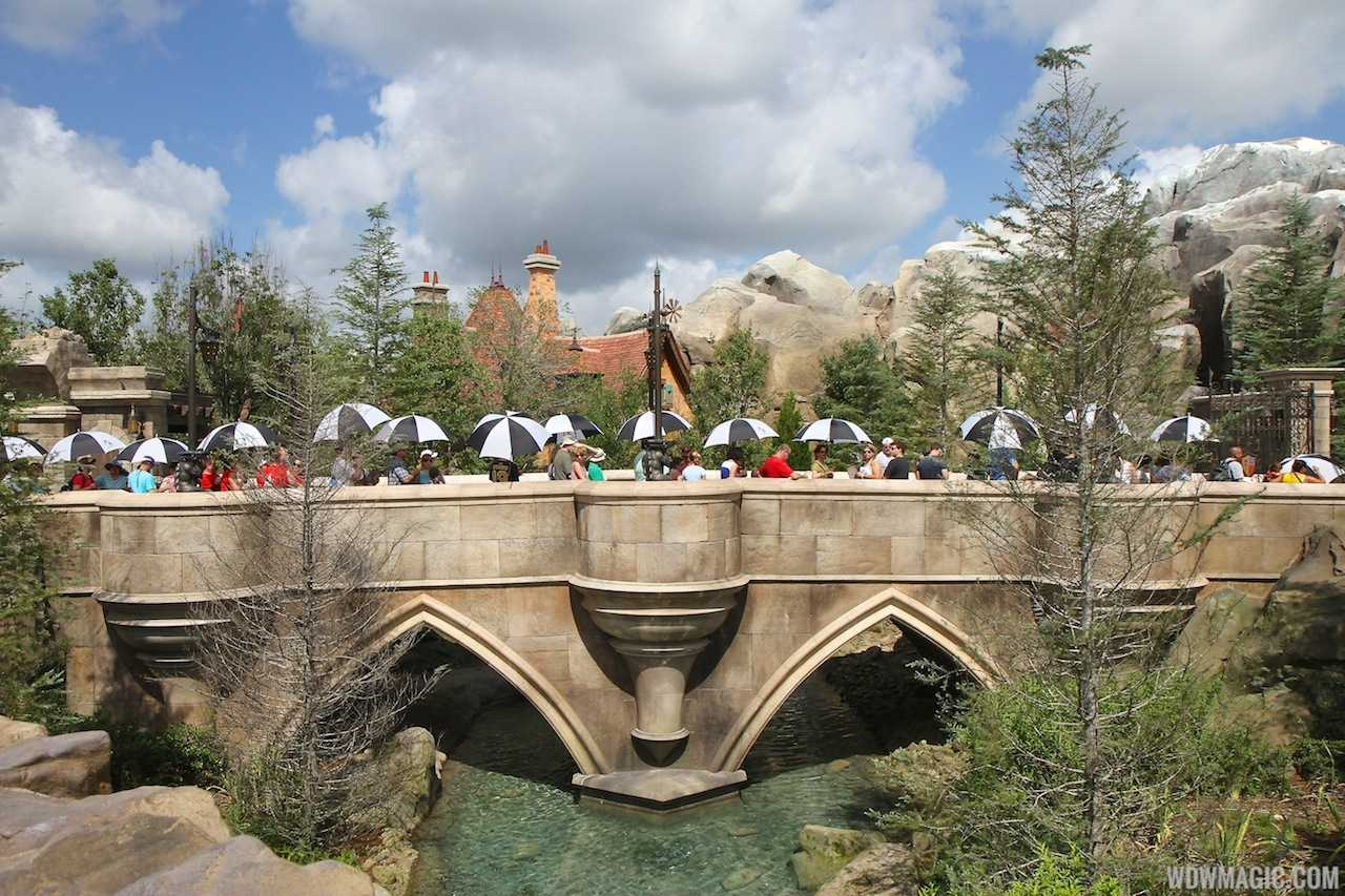 Guests in line for Be Our Guest Restaurant prior to the change