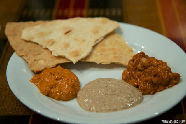 Boma - Flavors of Africa - Boma Dinner buffet plate - Pita breads and hummus