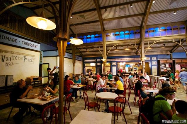 Les Halles Boulangerie Patisserie - Les Halles Boulangerie Patisserie - Inside