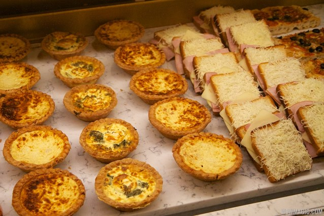 Les Halles Boulangerie Patisserie - Les Halles Boulangerie Patisserie - Savory goods